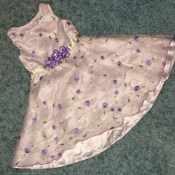 Other - Girls size 5 dress.